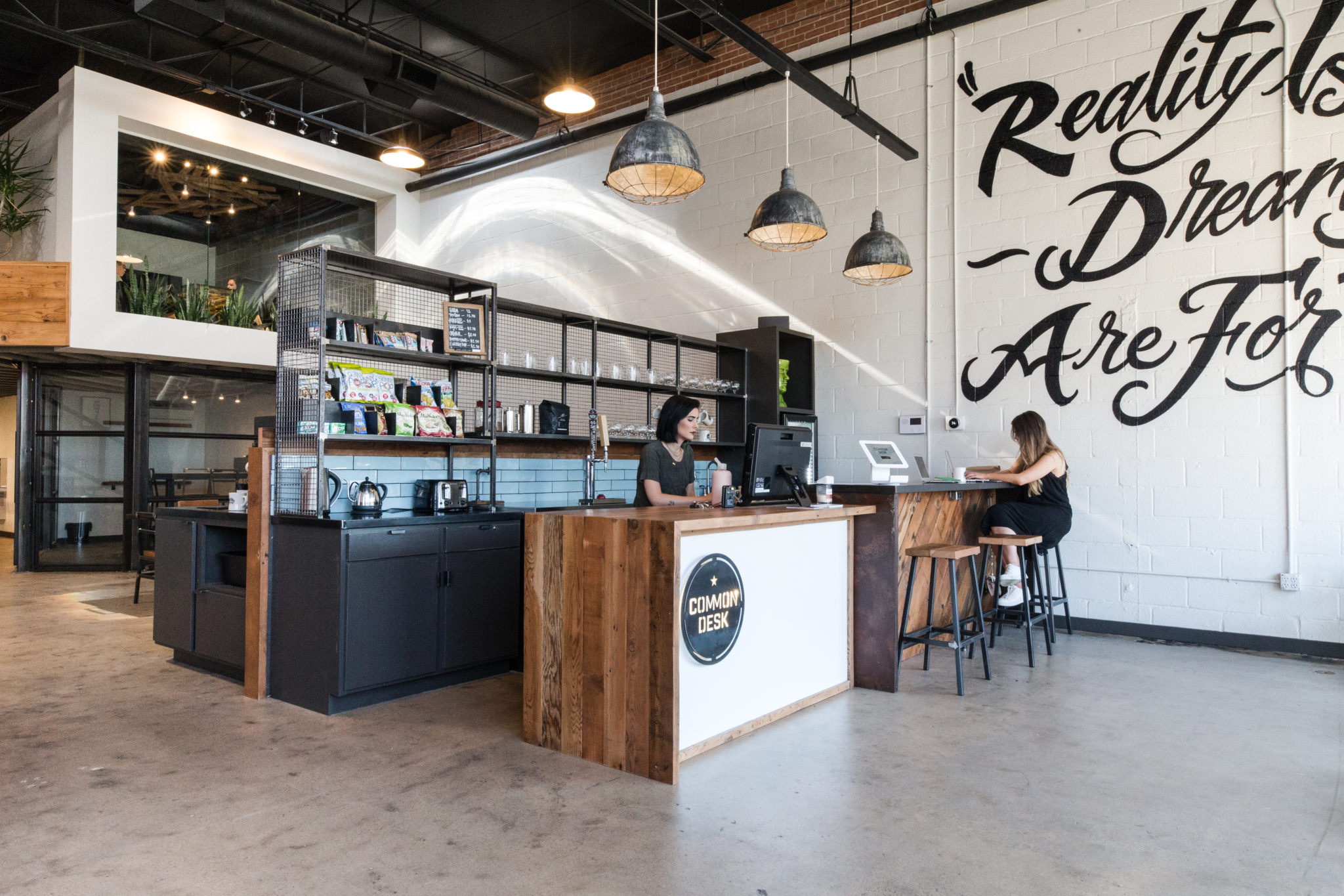 COMMON DESK – DEEP ELLUM